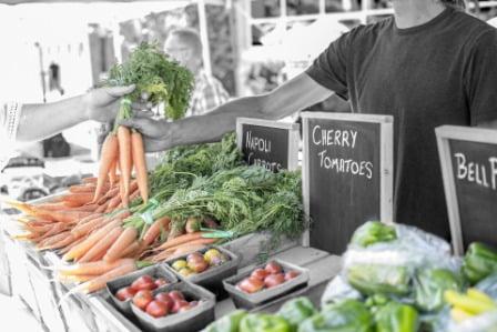 mercado local de verduras
